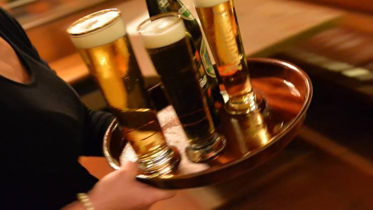 Bier ist für sie nicht Bier: Die Schweiz hat 54 frisch zertifizierte Bier-Sommeliers. (Symbolbild)