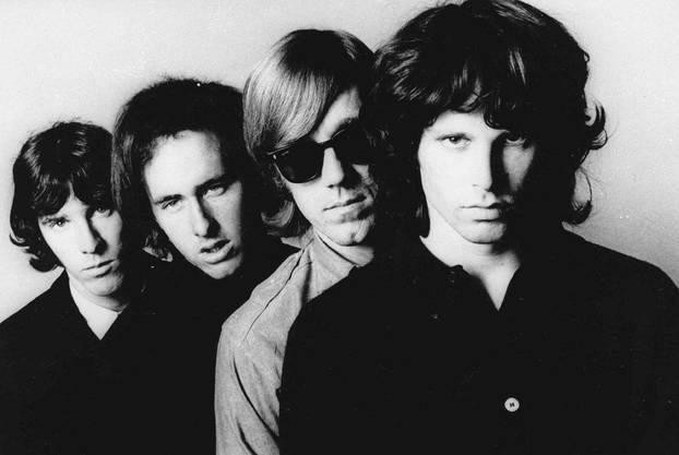 The Doors: Der Bandname entstand in Anlehnung an den Essay «Die Pforten der Wahrnehmung».