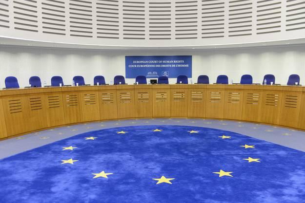 Der Europäische Gerichtshof für Menschenrechte (EGMR) in Strassburg hat ihm in einem Urteil Recht gegeben. Seine fürsorgerische Unterbringung während eines Jahres in der Justizvollzugsanstalt Lenzburg war illegal.