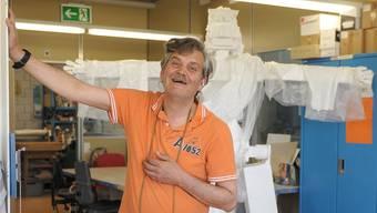 Kreation für die Ausstellung: Pedro Gonzales mit seiner Interpretation des Cristo Redentor von Rio de Janeiro.