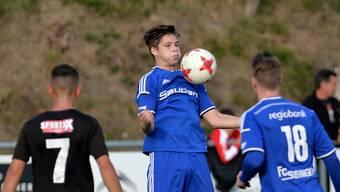 Mit stolzer Brust: Der FC Subingen absolvierte von den letzten zehn Saisons deren fünf in der Solothurner 2. Liga und holte dreimal den Meistertitel – Offensivspieler Patrick Dubach vergangene Saison im Spiel gegen den FC Köniz.