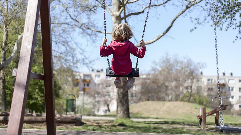 «Substanzen sind für Kinder sehr gefährlich» – Immer mehr Spielplätze werden rauchfrei