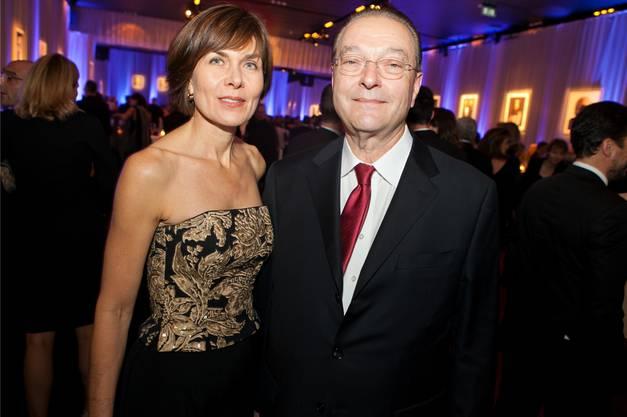 Privat und geschäftlich liiert: Oswald Grübel und Renate Häusler. In der Öffentlichkeit sieht man sie oft an kulturellen Veranstaltungen.