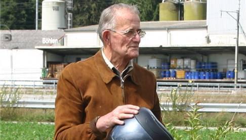 Der erfolgreiche Bauunternehmer verstarb 2011, 94-jährig.