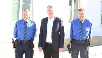 Führten durch die Jahresbilanz: Polizeichef Werner Bertschi, der Fricker Gemeindeammann Daniel Suter und Polizeichef-Stellvertreter Daniel Meier (v. l.).
