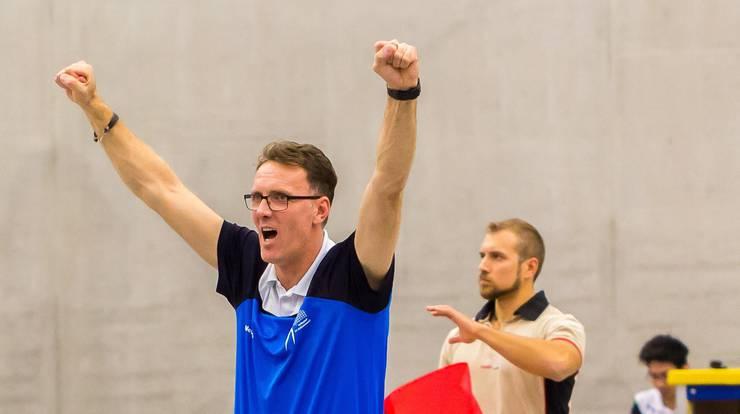 Auch seinen Vater, Bujar Dervisaj, kennt man in der Volleyball-Szene