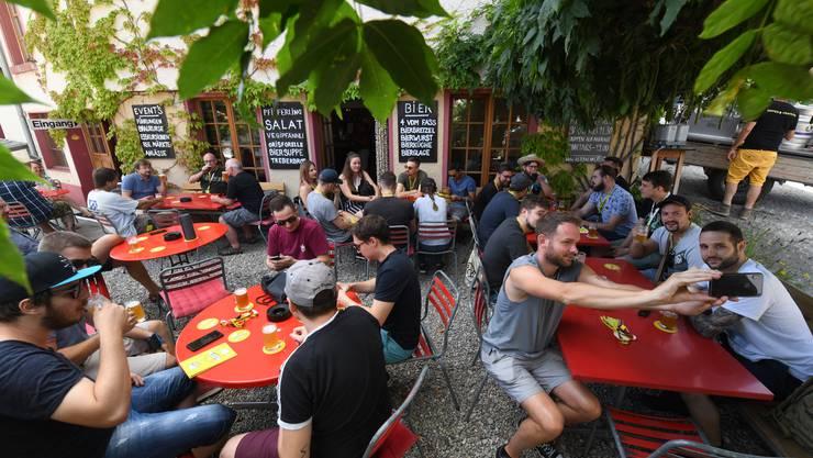Zehn regionale Brauereien präsentierten am Wochenende ihre Schöpfungen.