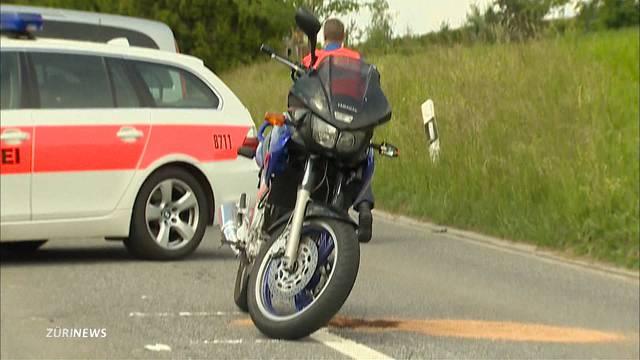 Schönenberg ZH: Tödlicher Motorradunfall