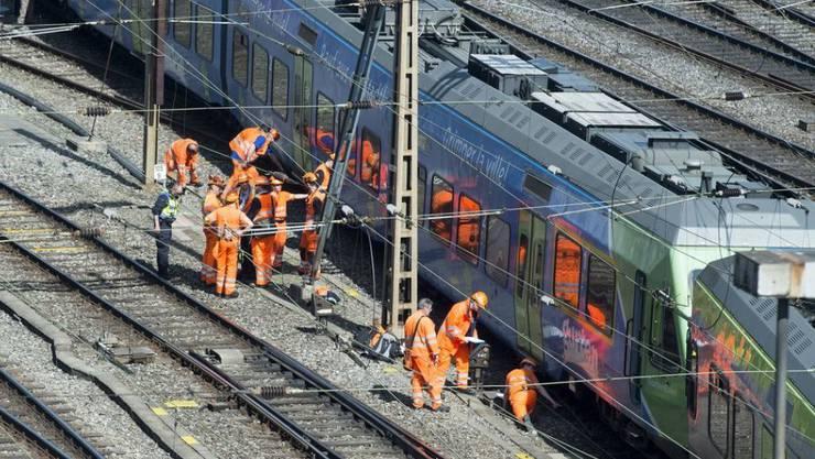 Der BLS-Regionalzug entgleiste beim Bahnhof Bern am 29. März 2017, weil beim Befahren eine Weichenzunge brach. (Archivbild)