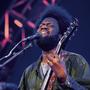 Michael Kiwanukas Gitarrensoli sind die Höhepunkte bei seinem Auftritt in Basel.