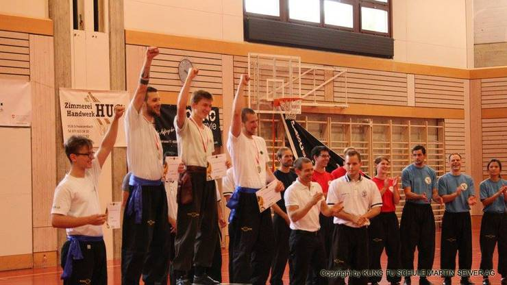Seigerehrung bei den Vollkontakt Kategorien am 20. Shaolin Masters durch Grossmeister Martin Sewer