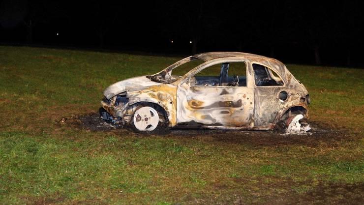 Ausgebranntes Auto in Egnach