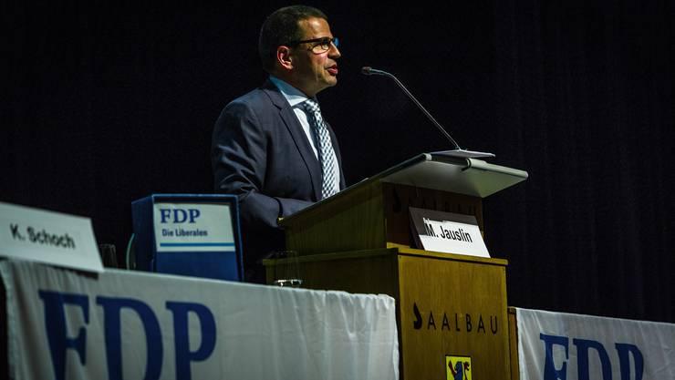 FDP-Präsident Matthias Jauslin fragte einleitend, woher die aktuell gute Wahlphase der FDP komme, und zählte mögliche hausgemachte Gründe auf.