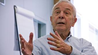 Medienexperte Peter Studer rät Müller, sich von der Aktion zu distanzieren und sich zu entschuldigen.