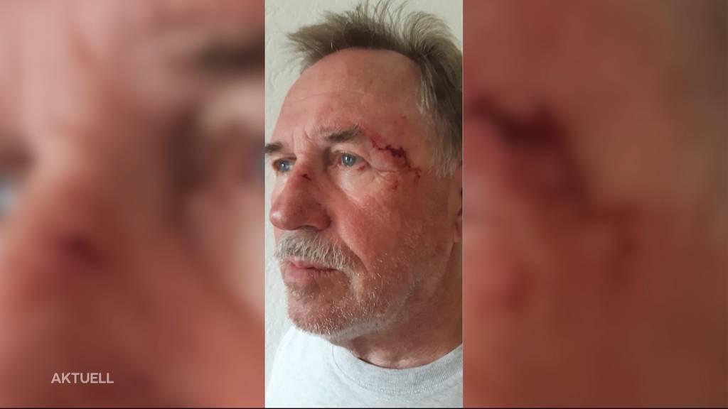 Radfahrer kickt 73-Jährigen von Velo und rast davon