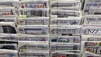 Zeitung Medien Journalismus Symbolbild Themenbild