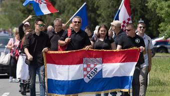 Tausende haben in Österreich der Ermordung faschistischer Ustascha-Einheiten gedacht.