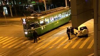 Unfall bei der Kreuzung Markthalle.