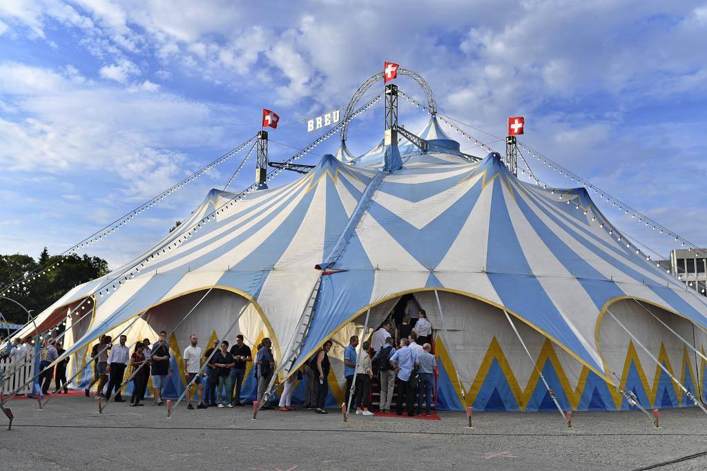 Sie hätten im Circus Beat Breu auftreten sollen. (© Keystone/Walter Bieri)