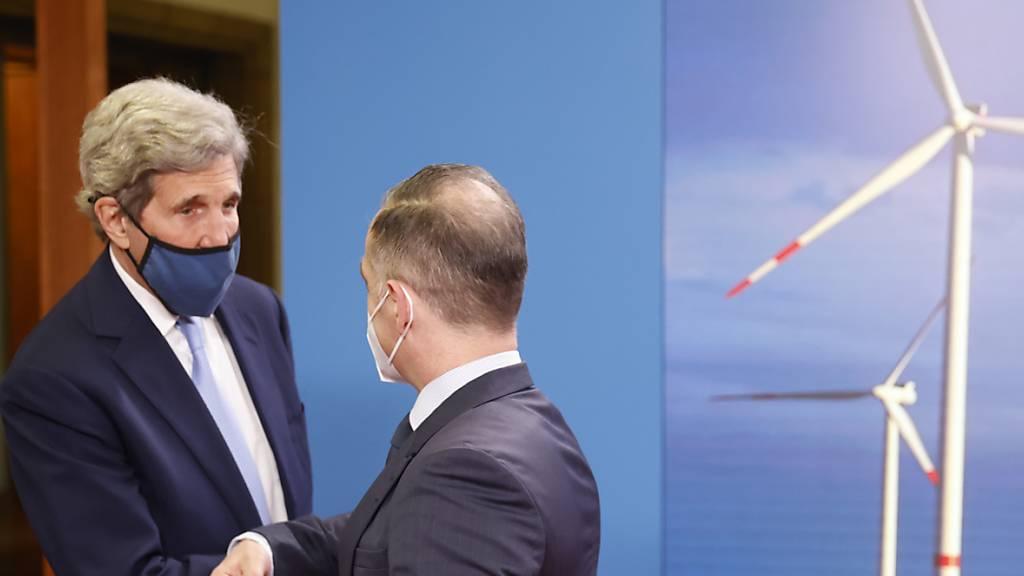 John Kerry trifft zu Klima-Beratungen deutsche Politiker