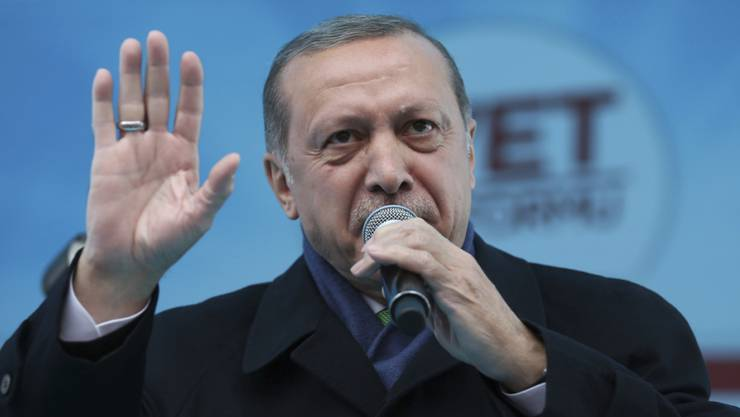 Der türkische Staatspräsident Recep Tayyip Erdogan will den inhaftierten deutsch-türkischen Journalisten Deniz Yücel auf keinen Fall an Deutschland ausliefern. (Archivbild)