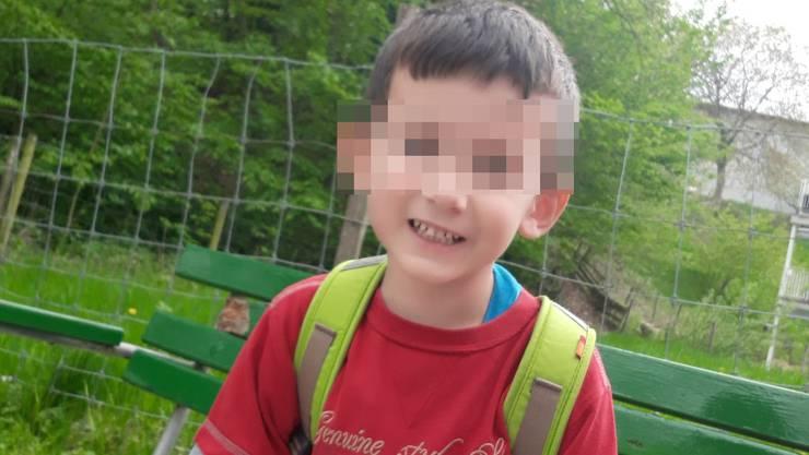 Dieses Foto von Zenel (4) veröffentlichte die Kantonspolizei am Freitagmorgen. Knapp einen Tag nach seinem Verschwinden wurde er tot geborgen.