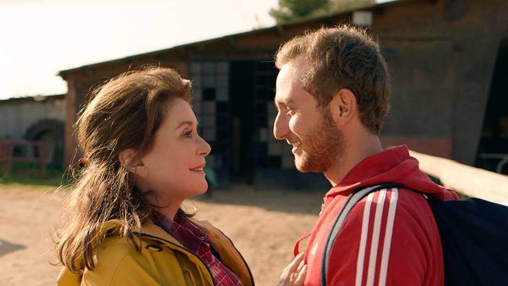 Trügerische Freude: Catherine Deneuve und Kacey Mottet Klein im Berlinale-Film «L'adieu à la nuit».