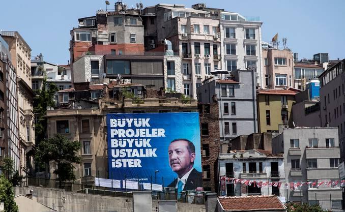 Nur ja keine Schwäche zeigen: Damit macht Erdogan seit Jahren erfolgreich Politik. (Bild: Keystone)