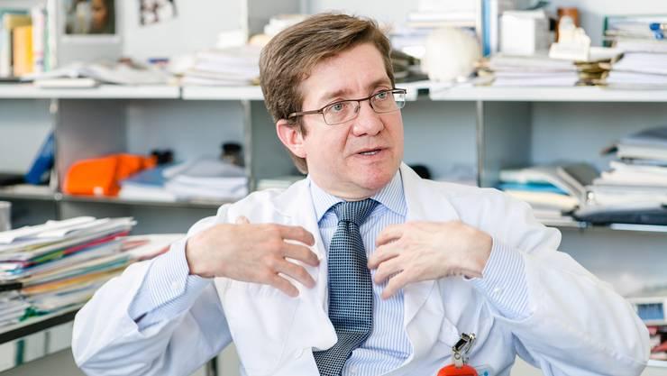 Javier Fandino war Chefarzt der Neurochirurgie am Kantonsspital Aarau. Ende April kam es Knall auf Fall zur Trennung.