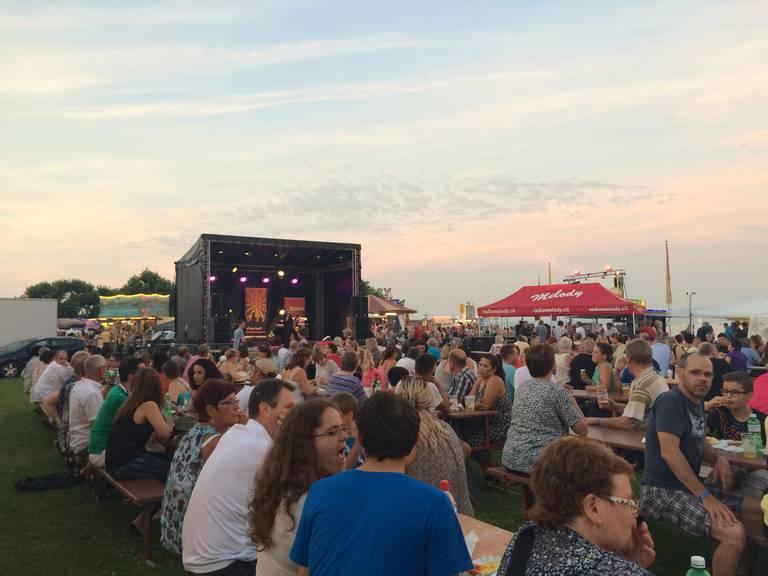 Ferienstimmung kommt in Arbon beim Seenachtsfest auf. (Bild: seenachtsfest-arbon.ch)