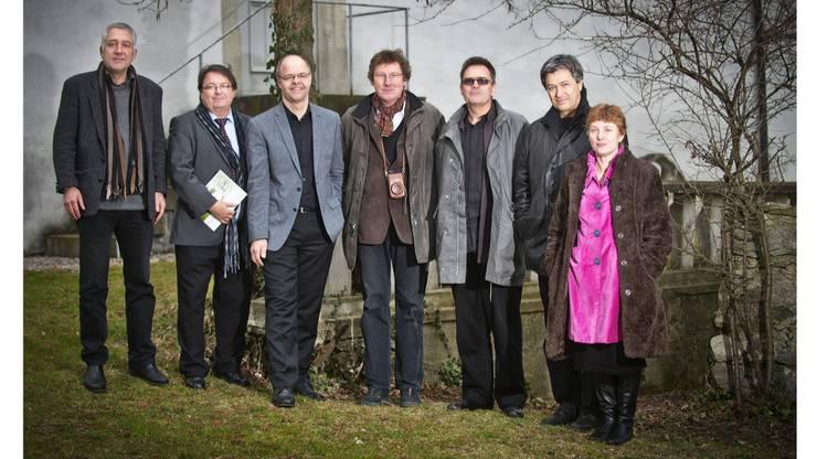 Christof Rösch, Peter Wipf, Michael Schneider, Rolf Furrer, Boa Baumann, Stefan Hegi und Jane Bihrs-de Salis haben Pläne zur Veränderung des Künstlerhauses.
