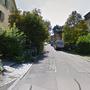 Im Stadtkreis 6, in der Langfurren, wurde die junge Frau von einem Unbekannten Täter mit einer Stichwaffe verletzt.