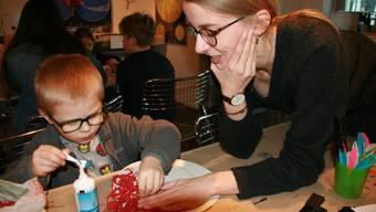 Masken-Basteln im Badener Kindermuseum