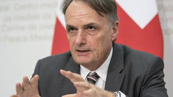 Die Geschäftsprüfungskommission des Nationalrates erteilt dem Staatssekretariat für Migration von Mario Gattiker gute Noten. (Archiv)