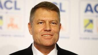 Klaus Iohannis strahlender Sieger der Präsidentenwahl in Rumänien