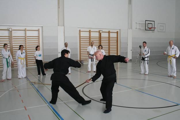 Verteidigung mit einem Stock