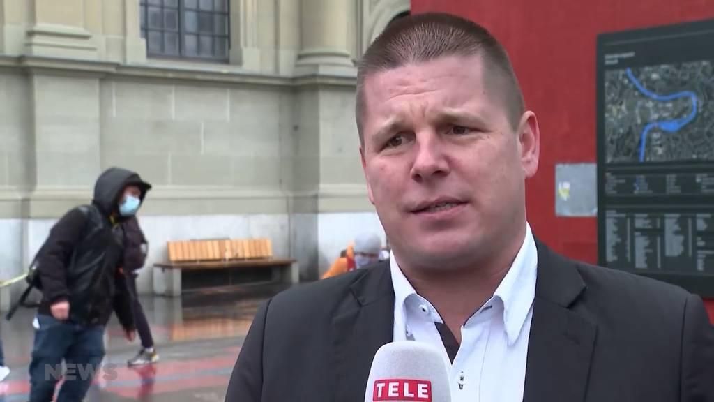 Erich Hess fordert auf, Corona-Massnahmen zu umgehen