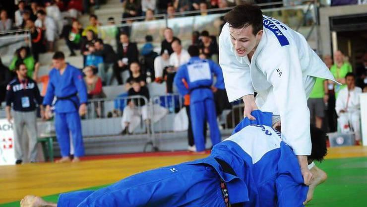 Michael Kistler (in weiss) trainiert zweimal täglich im Leistungszentrum in Brugg.