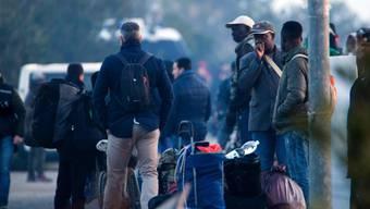 Rund 900 Menschen müssen das Flüchtlingslager in Kalabrien verlassen. Unklar ist, wohin sie gebracht werden.