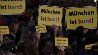 18'000 Pegida-Gegner tun in München ihre Meinung kund