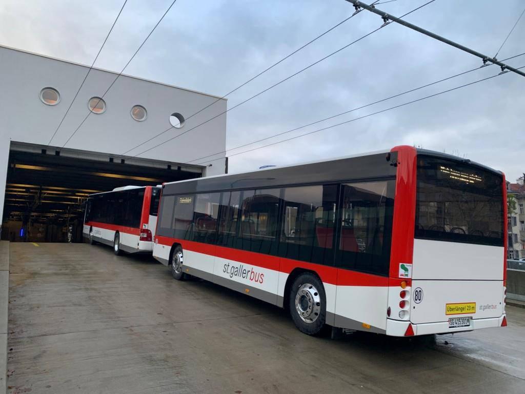 Der Anhänger des Buszuges ist mit einer Notrufanlage ausgestattet. (© zVg)