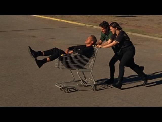 Offizielles Musikvideo zu The xx's «On Hold»