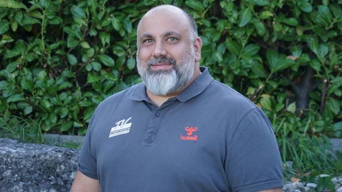 Arak Kin steht TVE-Cheftrainer Zoltan Majeri per sofort als Teammanager zur Seite.