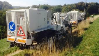 Seismische Messungen rund um den Bözberg: Im Einsatz stehen sechs Vibrationsfahrzeuge, 150 Kilometer Kabel, 60'000 hochempfindliche Messinstrumente (Geofone) und ein Fuhrpark von rund 60 Fahrzeugen.
