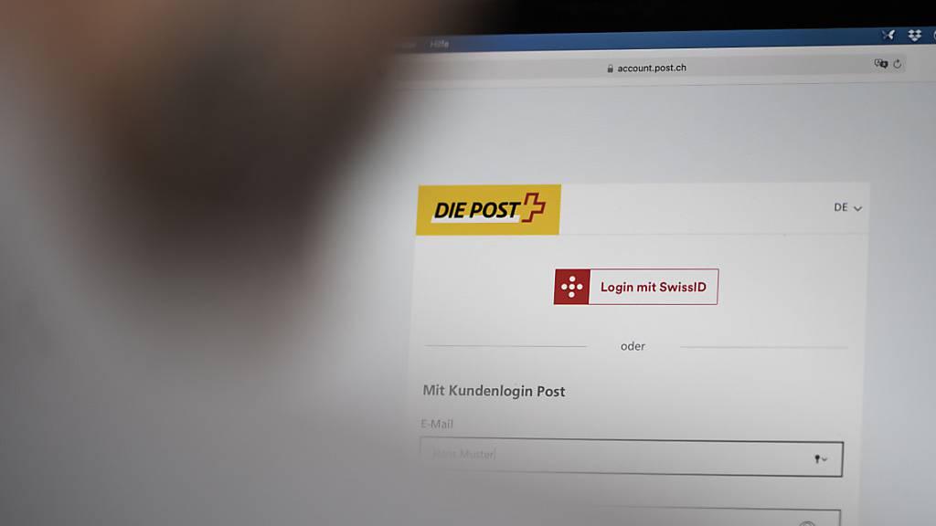 Justizministerin Keller-Sutter holt öffentliche Meinung zu E-ID ab