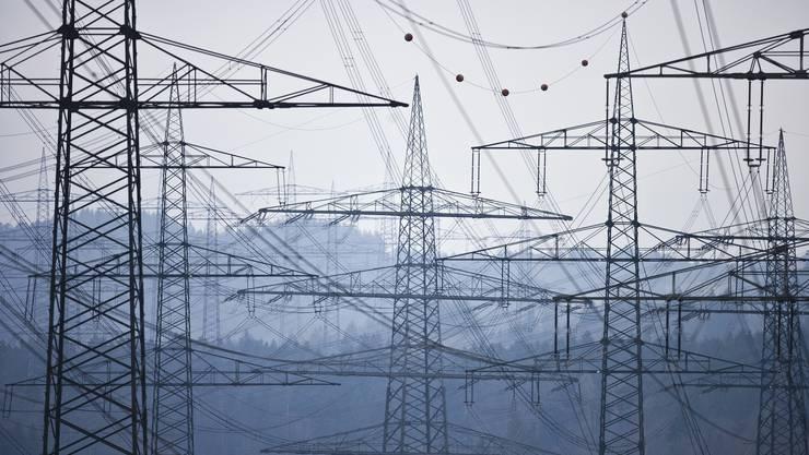 «Produce and forget»: Fehlgeleitete Strategien machen den Strommarkt kaputt.