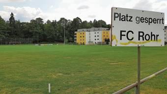 Der Sportplatz Winkel liegt direkt neben dem Wald – und neben Siedlungen wie der Überbauung «Fuchswinkel».