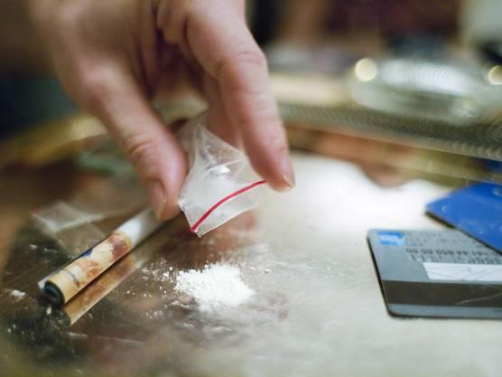 Die Stadtpolizei hat bei einem Schweizer Kokain und Marihuana sichergestellt.