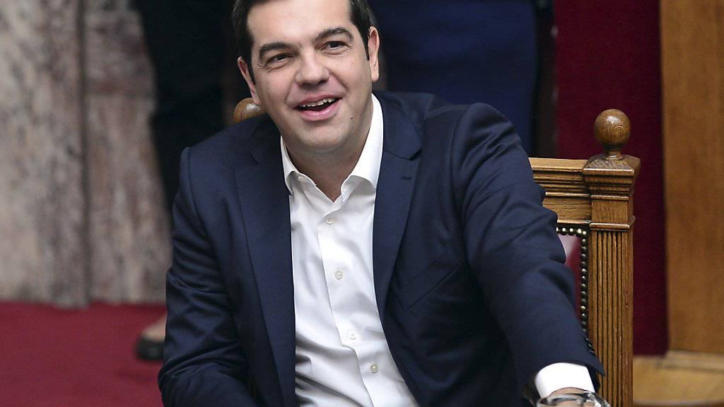 Der linke griechische Ministerpräsident Alexis Tsipras hat eine Kraftprobe im Parlament überstanden. Eine Mehrheit stimmte gegen einen Misstrauensantrag der konservativen Opposition. (Archivbild)