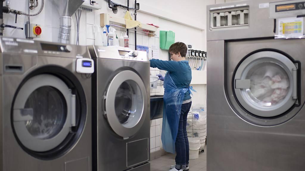 Neue Räume für Wäscherei und Werkstatt beim Verein ConSol in Zug, der geschützte Arbeitsplätze anbietet. (Symbolbild)